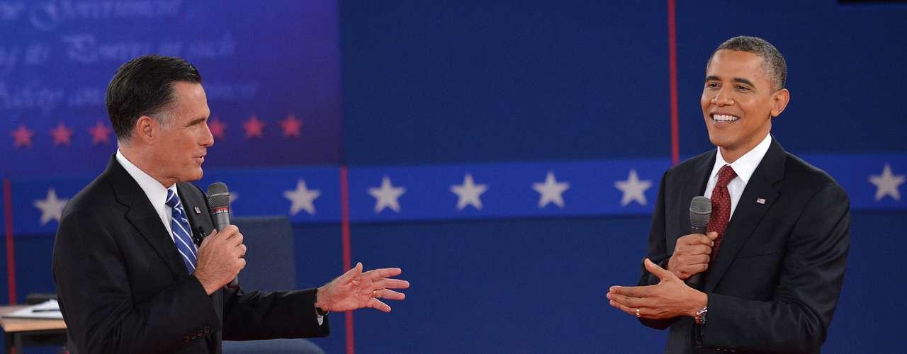 Otro de los asuntos que encendió los ánimos en el debate fue el del consulado de Libia, en el que el mandatario asumió su responsabilidad por lo ocurrido, mientras que Romney no cesó sus ataques al respecto.