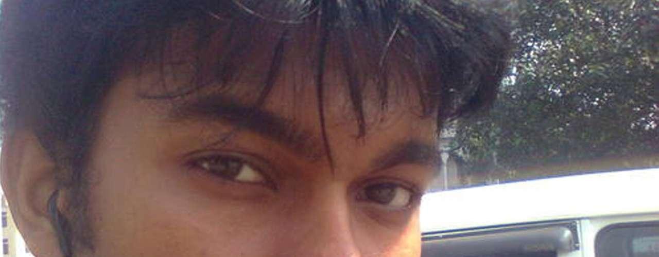 El FBI frenó a tiempo un desastre terrorista que pudo haber causado un joven bengalí de tan solo 21 años. Quazi Mohammad Rezwanul Ahsan Nafis fue arrestado tras caer en una trampa de las autoridades que descubrieron sus planes de hacer volar el edificio de la Reserva Federal en Nueva York. Pero ¿quién es este hombre? ¿cuáles eran sus intenciones?