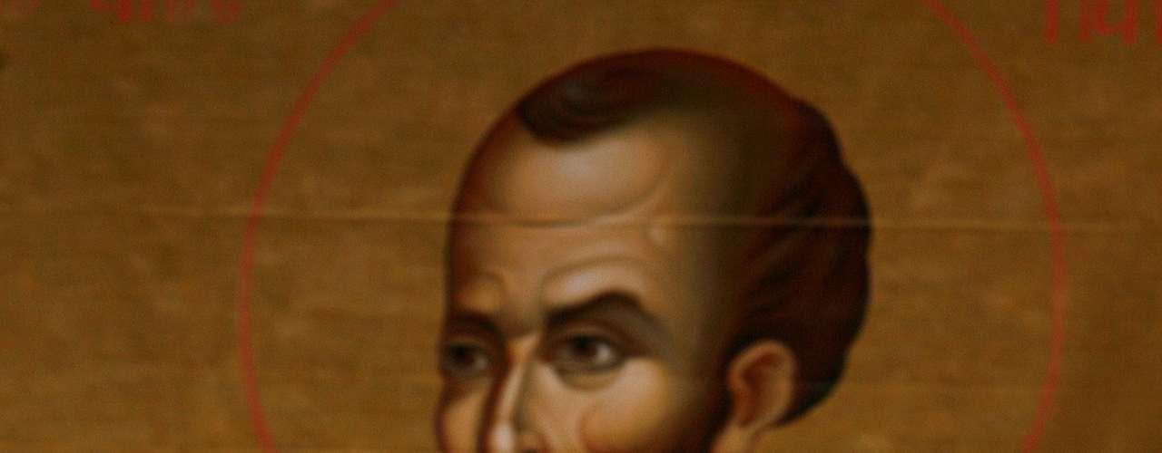 A Saulo de Tarso, mejor conocido como San Pablo, se le atribuye el asesinato brutal de los primeros seguidores de Cristo, hasta que tuvo una visión donde se encontró espiritualmente con Jesucristo. Después de su conversión, se dedicó a predicar el Evangelio e incluso escribió la mayor parte de las cartas del Nuevo Testamento.