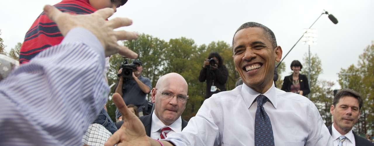 Despojado de una de sus líneas de ataque más potentes, se espera que Romney se centre más en su crítica a las políticas de Obama sobre Irán, Siria, China, Afganistán y Rusia.