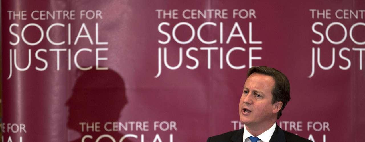 Por su parte, el primer ministro británico, David Cameron, se declaró el lunes \