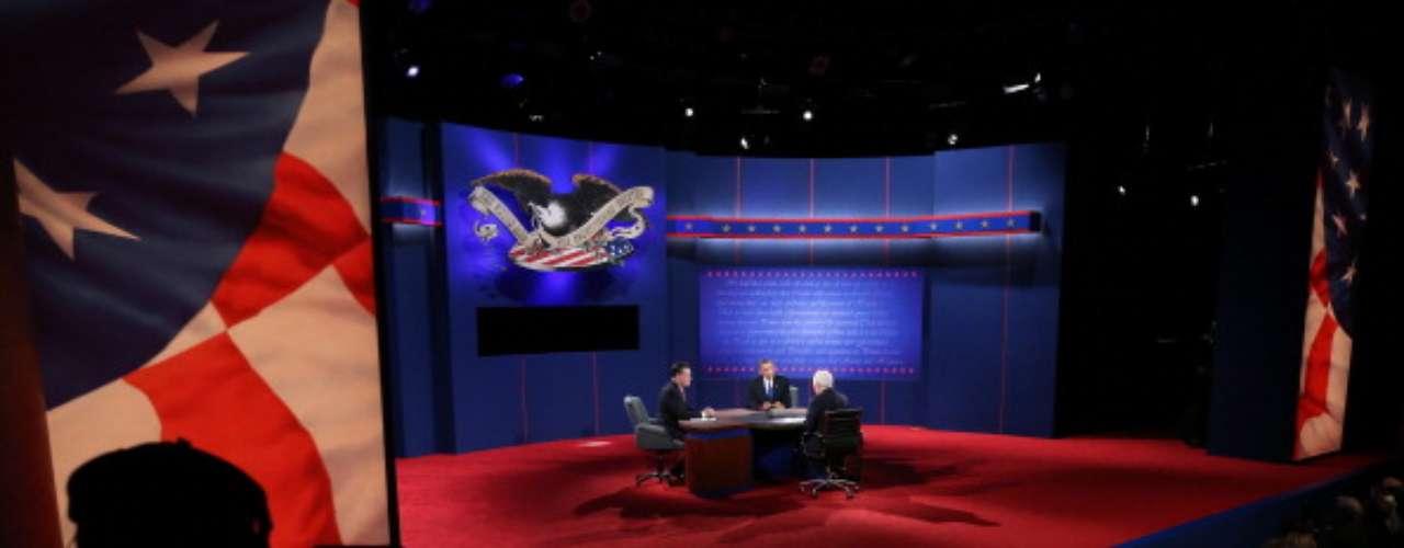 Latinoamérica, los hispanos, la inmigración, el Dream Act... todos fueron temas ausentes en el último debate. \