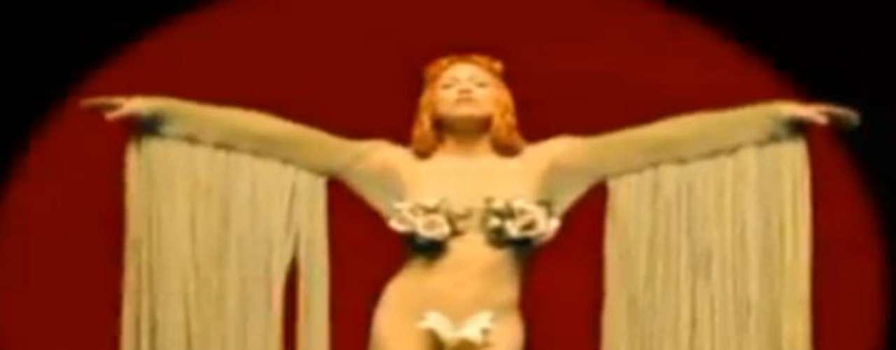 A nude goddess...