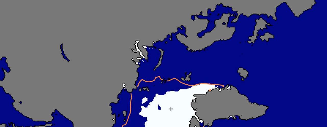 Pero una gran parte del hielo más antiguo ha desaparecido en las últimas tres décadas y la cubierta del hielo de verano ha quedado expuesta al agua oscura del océano, que absorbe la luz solar y se calienta, lo que lleva a la pérdida de más hielo.