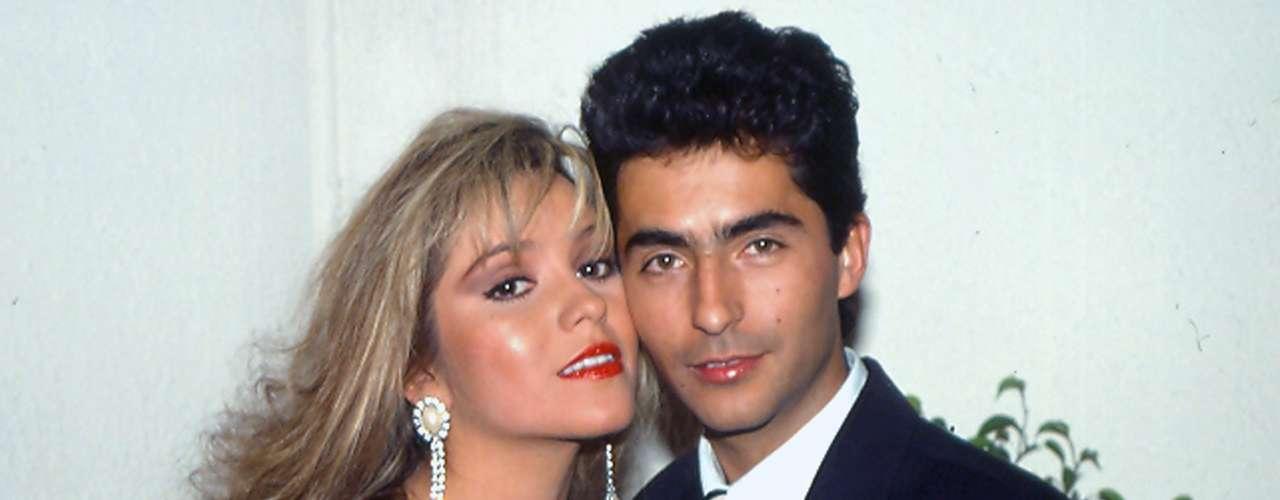 Daniela Castro y Raúl Araiza coincidieron en la telenovela 'Cadenas de Amargura' en 1988, durante la cual vivieron un romance dentro y fuera de la pantalla.