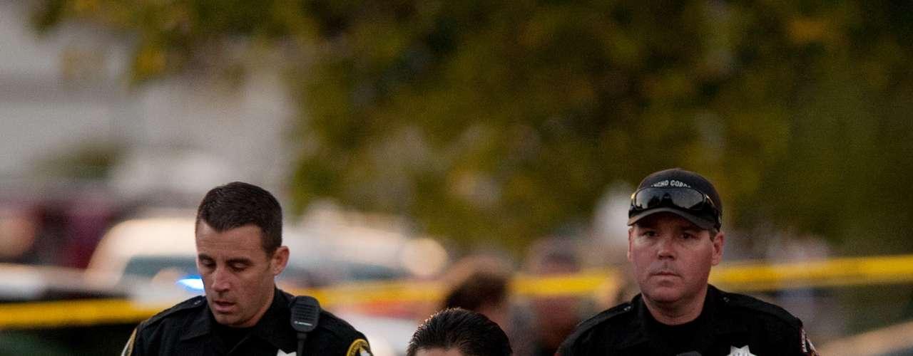 El portavoz indicó que las autoridades no han revelado la forma en que murieron, pero dijo: \