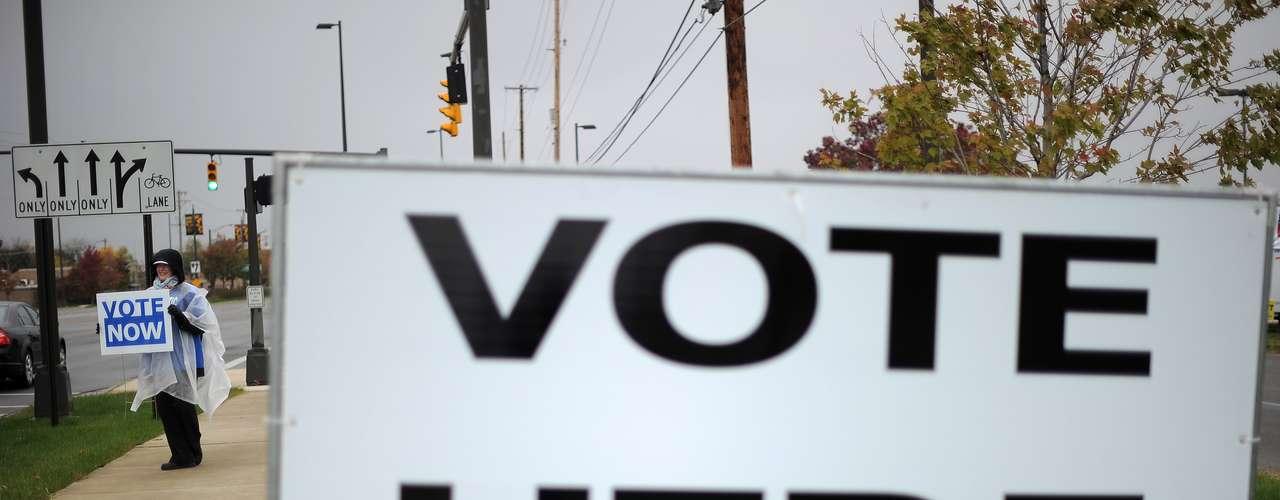 El estado clave de Florida -que dio la victoria al presidente George W. Bush sobre Al Gore por unos centenares de votos en 2000- tiene una serie de medidas en la elección destinadas a incentivar la participación de votantes conservadores. Entre ellas, una para prohibir el uso de fondos públicos en programas que apoyen el aborto, una enmienda sobre \