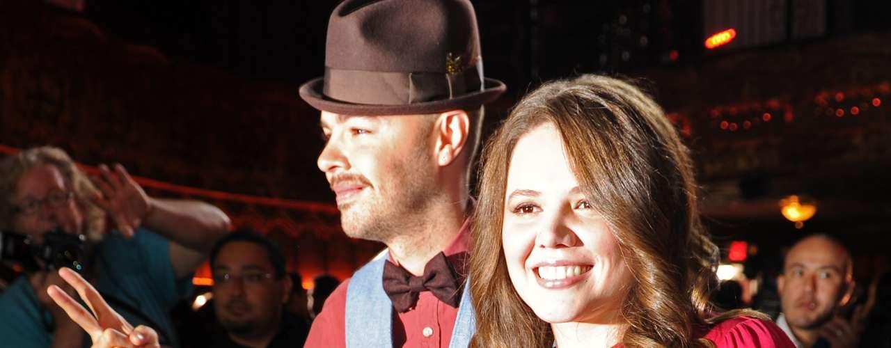 Jesse & Joy a la vez que cantarán, quieren llevarse a casa sus cinco nominaciones: Grabación del Año y Canción del Año por \