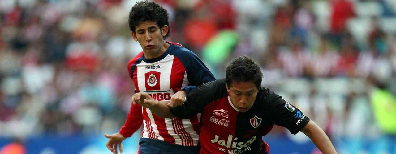 Con doblete de Hebert Alférez, Atlas derrotó 2-0 a Chivas en el torneo Bicentenario 2010, en el últiimo clásico tapatío que Guadalajara jugó como local en el estadio Jalisco.