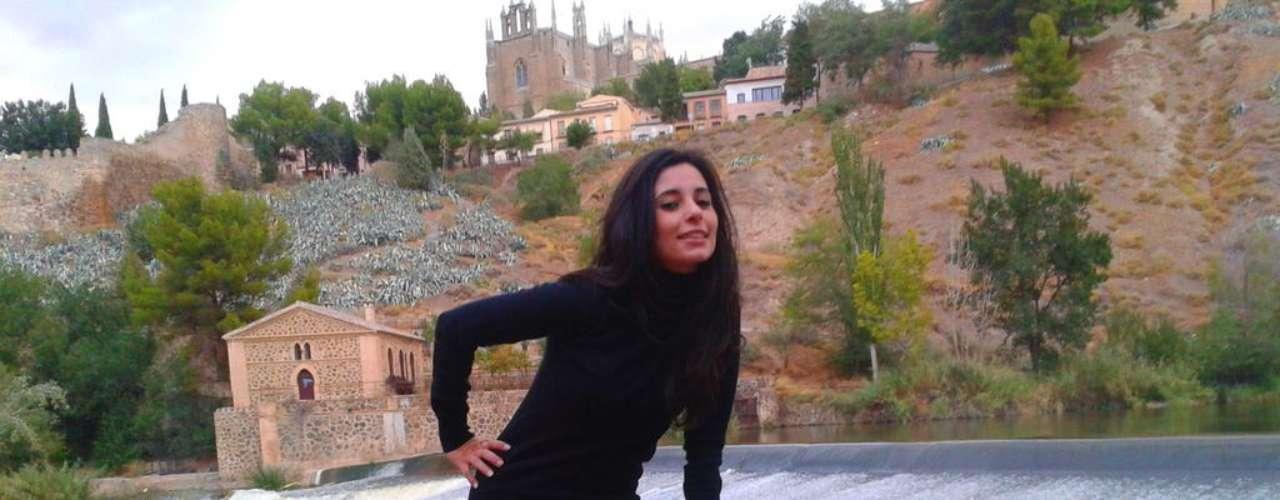 Interviú desnuda a Ana Jarque de 'MYHYV'