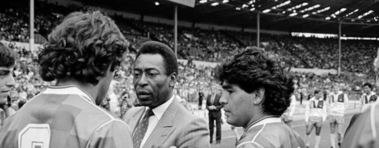 I knew that Pelé was a god as a player. Now that I met him, I know he is also a god as a person(1979).