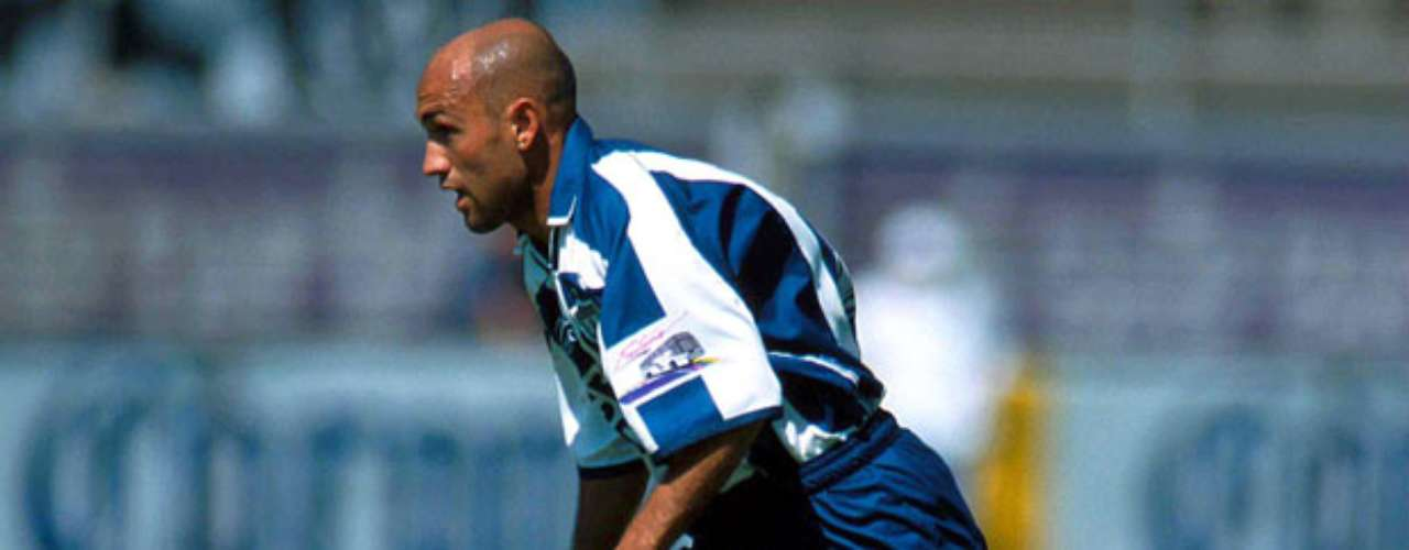 Pablo Hernan Gomez, former player for Pachuca. On January 20, 2011 the player died in a car crash while traveling to San Luis.