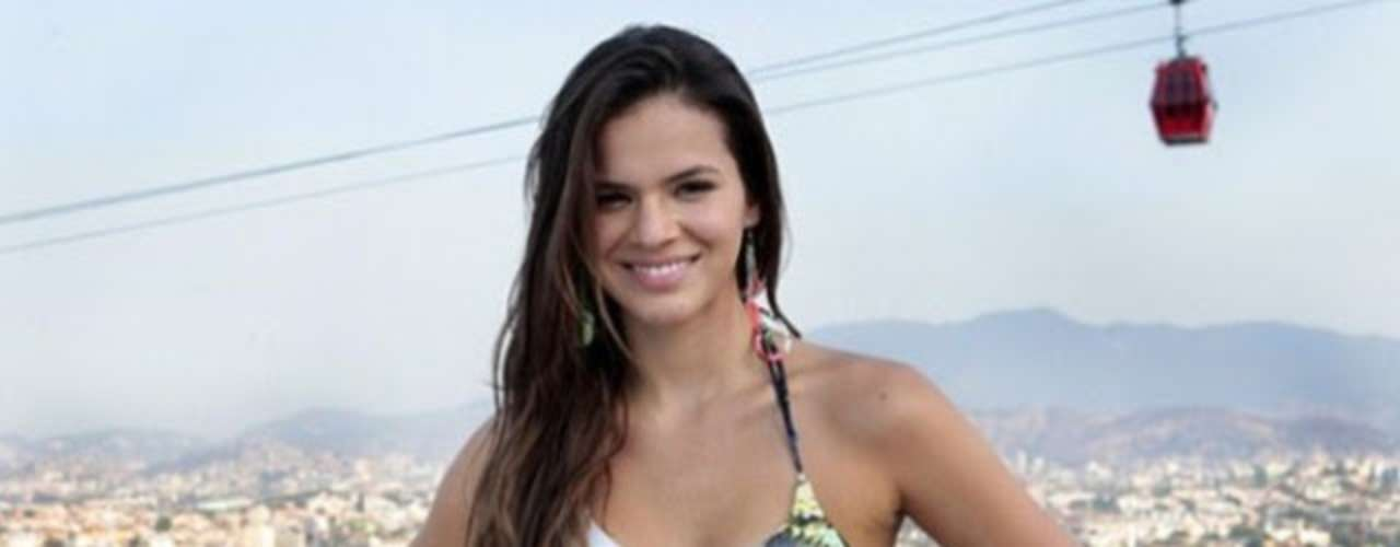 Marquezine is an actress of Brazilian network TV Globo