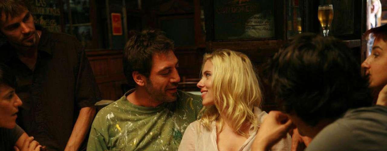 Nuevamente bajo la dirección de Woody Allen, Scarlett filmó Vicky Cristina Barcelona en donde hace de las suyas con el ganador del Oscar, Javier Bardem.