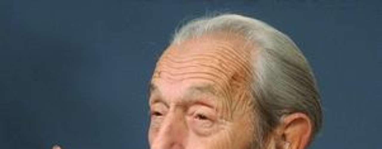2011. La teoría del locutor estadounidense Harold Camping de que el 21 de mayo de 2011 sería el Día del Juicio estaba basada más en cálculos que en revelación divina. Aseguraba que la segunda venida de Jesucristo llegaría con un destructivo terremoto y el rapto de los verdaderos cristianos. Después cambió de fecha al 21 de octubre también de 2011.