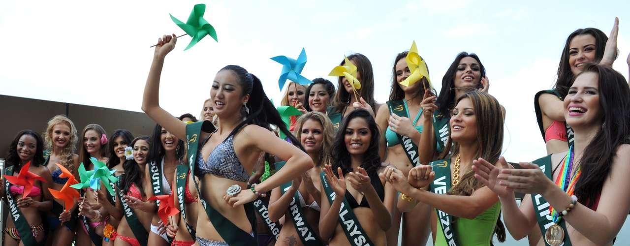 Entretenidos momentos vivieron este casi centenar de bellezas que se congregaron alrededor de la piscina del hotel Best Western Premier F1, ubicado en la ciudad de Manila en Filipinas.