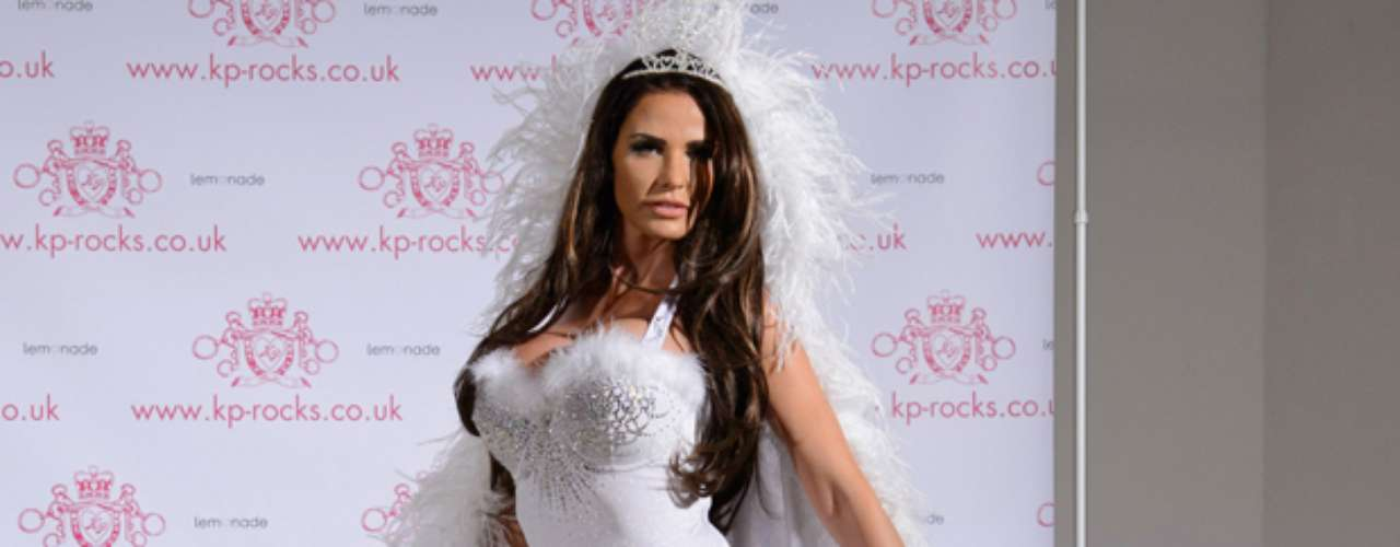 Katie Price was looking mighty sexy at the launch of her new jewelry line, \