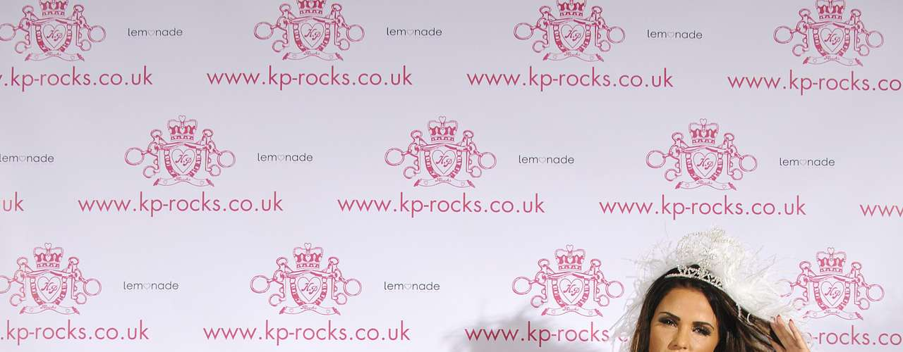 The price ranges from £12.95 for a Sparkly Ring Silver to £125.00 for a Crystal 'Kiss Kiss' Hot Lips Clutch Bag Hot Pink.