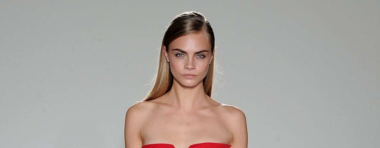 Cara ocupa el lugar 25 en la prestigiada lista que elabora models.com. Cabe mencionar que muy pocas tienen el placer de ver su nombre en este ranking.