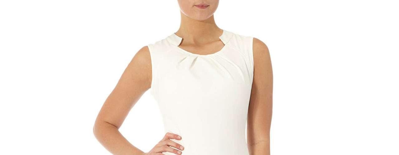 Para las que son más clásicas este  vestido de crepe en tonos nude $ 69,00