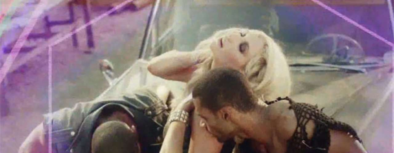 Ke$ha's new video 'Die Young' features the singer as a cult leader sexing up her beautiful minions in the desert. Check out some of the most magically sexy scenes from the clip!