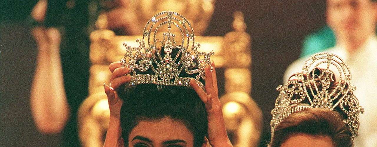 In 1994 Miss India, Sushmita Sen, was crowned with the honorable title by Dayanara Torres.