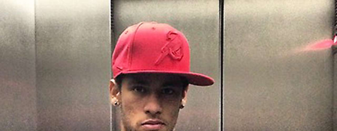 Neymar played hooky in this photo he tweeted. The tweet translates to, 'Broke training.'