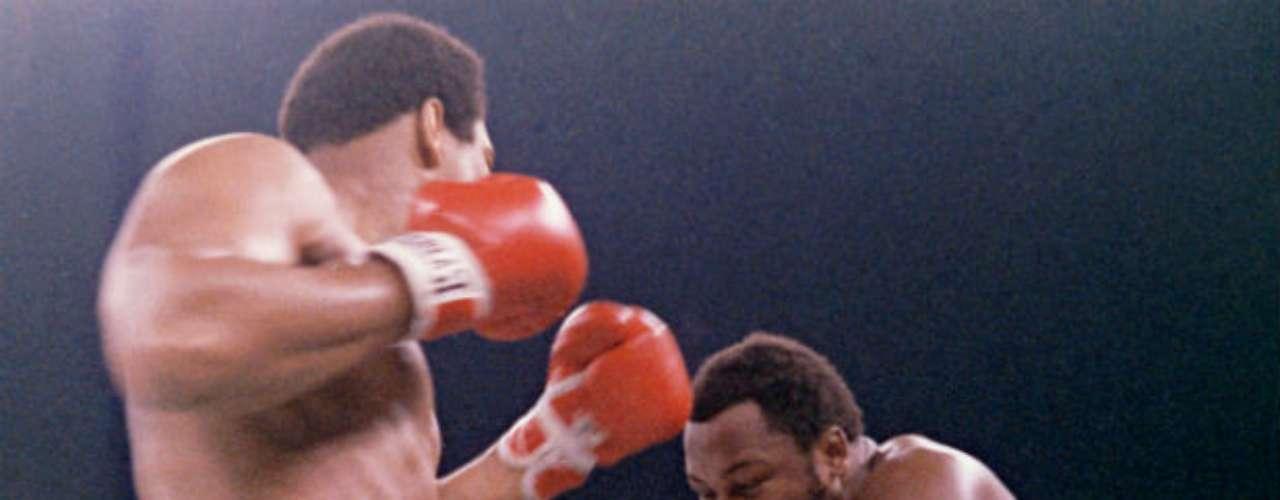 Vendría la pelea del desempate. La rivalidad tocaba su punto más elevado por sus declaraciones de los peleadores. Finalmente, Mohamed Alí se llevó la serie 2-1 ante Joe Frazier al derrotarlo el 1 de octubre de 1975 por nocaut técnico.