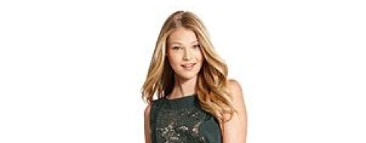 No hay razones para no celebrar con este espectacular vestido de la colección de Jessica Simpson. Cuesta 138 dólares en zappos.com.