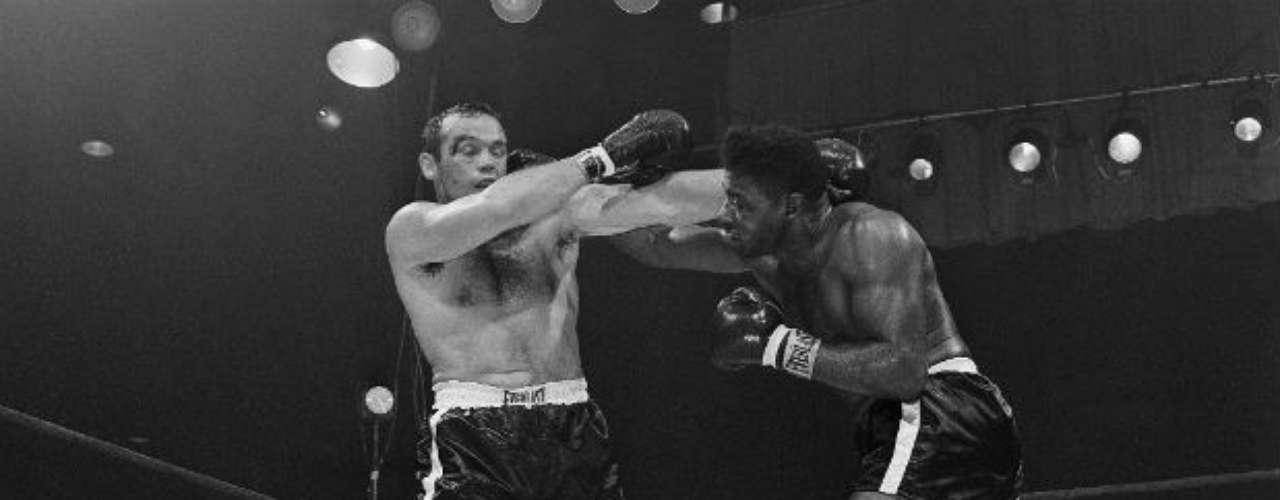 El sueco Ingemar Johansson ya no fue el mismo desde el segundo combate debido a que Patterson logró nulificarlo. El estadounidense se llevó la tercera pelea en 1961 al triunfar por nocaut técnico.
