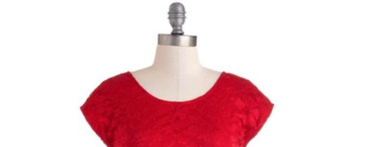 Dress to impress: vestido rojo con encaje de modcloth por apenas 59 dólares. Simplemente fantástico.