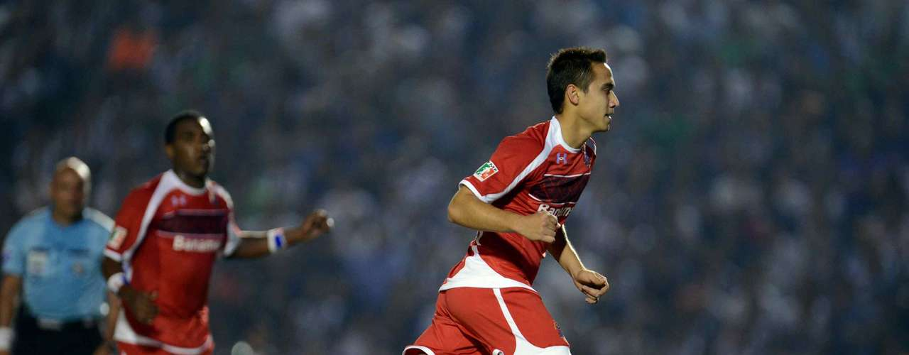 San Luis vs Toluca: Toluca is still tight with Tijuana for the top spot in the league and needs to focus to avoid losing out on one of the top three spots. They have a very accessible game against a San Luis team that has shown little in the tournament. Luis Tejada could get his form back against a team that has only won one game at home. PREDICTION: Toluca 2-0 San Luis.