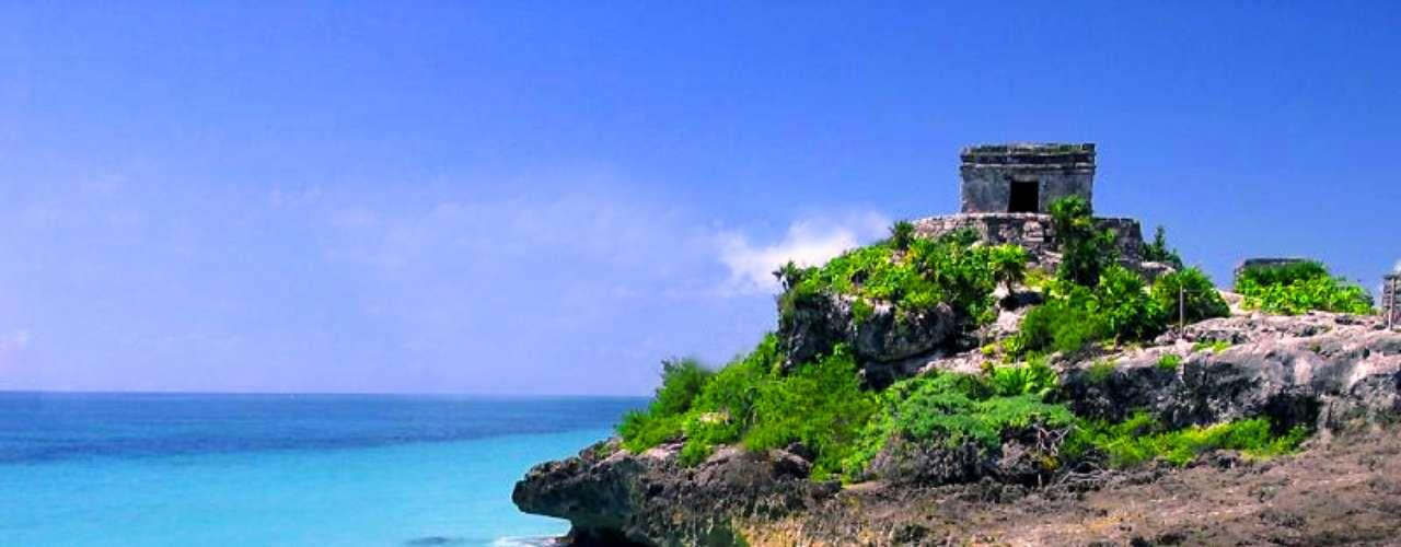 Santuario de la Esperanza. En el marco de estas celebraciones, el 21 de diciembre de 2011 el estado de Quintana Roo creó la Cápsula del Tiempo, un contenedor que agrupa objetos que serán depositados este año en el Santuario, un recinto construido en honor al inicio de una nueva era.