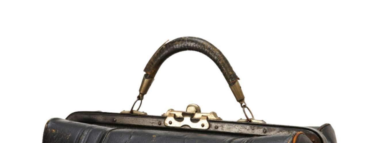 Maletín vintage para los que prefieren las cosas antiguas. (115 dólares en Fossil.com)