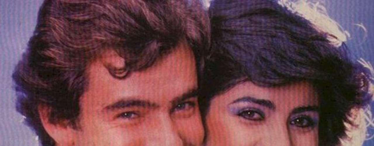 La fiera (1983 - México) Todos recuerdan a Natalie, una pobre pero bella muchacha de barrio, llega a conquistar el corazón de Víctor Alfonso, un joven solitario y pensativo pero, desafortunadamente, el hijo de la familia más rica de la ciudad.Bajo este argumento se teje el drama y pasión de esta telenovela mexicana.