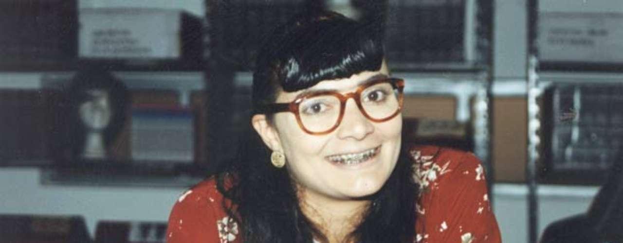 Yo soy Betty la fea (1999 - Colombia) Betty es una joven inteligente y trabajadora que se ha preparado para llegar a ser alta ejecutiva en una empresa. Pero Betty tiene un problema: es tremendamente fea.