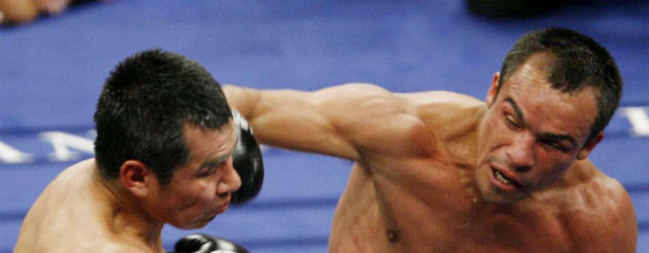 Márquez ha tenido grandes duelos contra sus compatriotas. Uno de ellos fue el que protagonizó ante Marco Antonio Barrera en el 2007. El oriundo de la Ciudad de México se fue hasta la decisión de los jueces para imponerse a 'Barreta'.