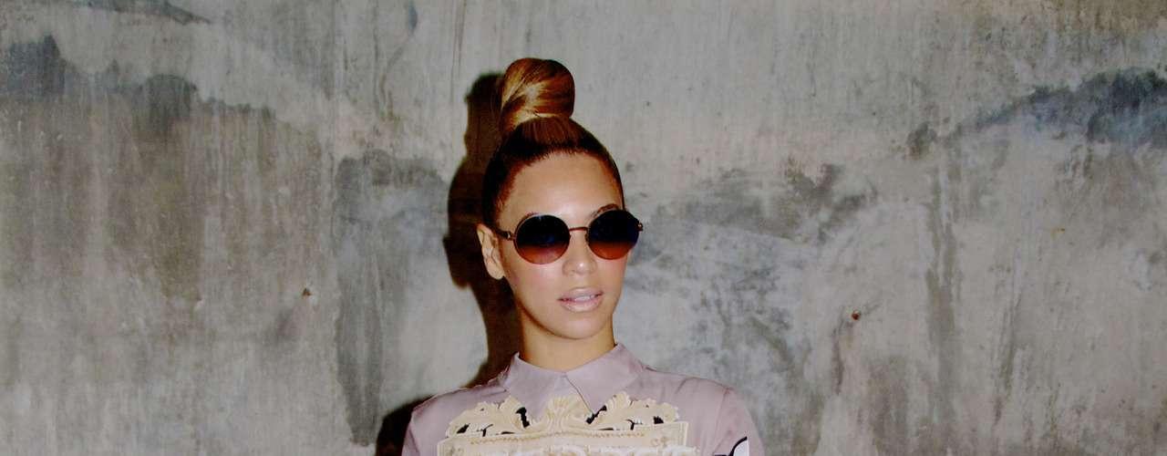No cabe duda que Beyoncé es una de las mas grandes celebridades del mundo de la música y compartió con sus seguidores una foto de ella modelando un diseño exclusivo. (Terra USA/Armando Tinoco)