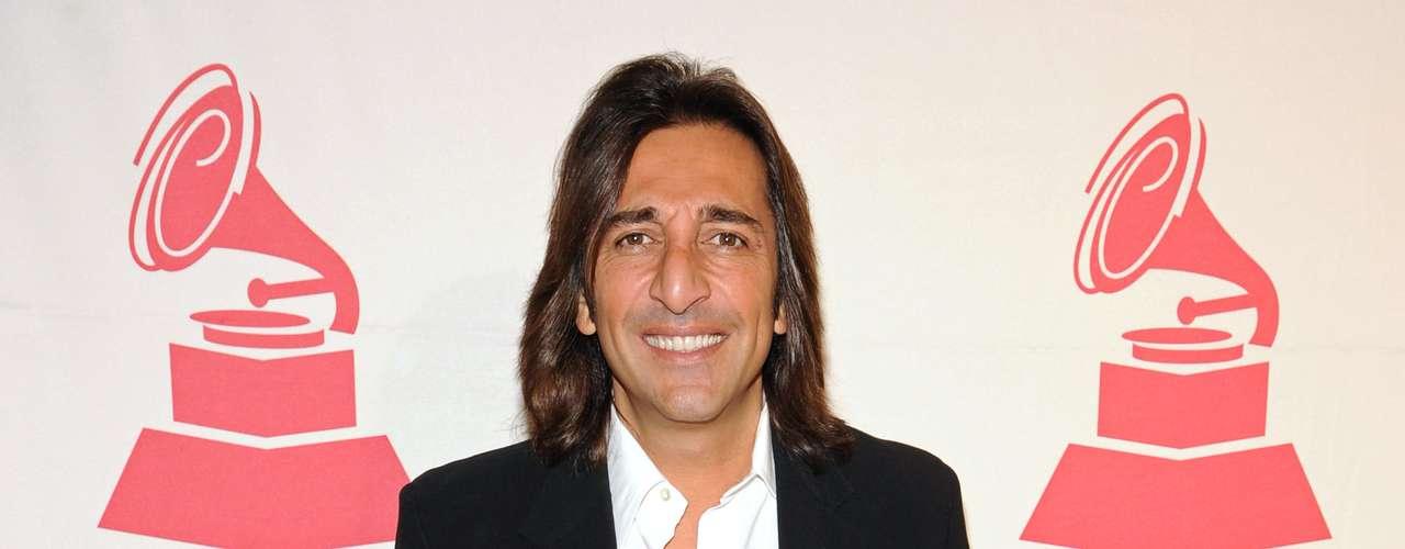 Antonio Carmona en la alfombra roja de la ceremonia Premio A La Excelencia Musical de La Academia Latina de la Grabación, celebrada el miércoles 14 de noviembre en el hotel Four Seasons de Las Vegas, Nevada.