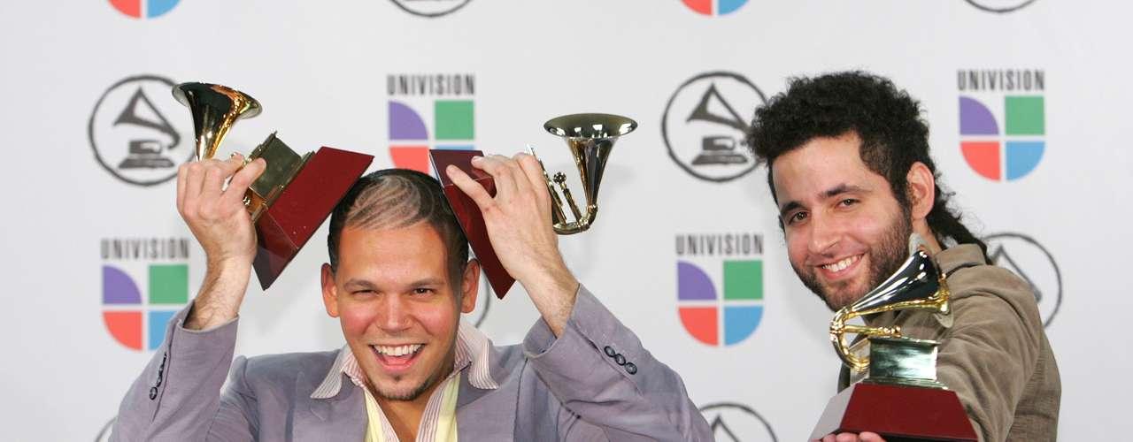 En el 2006, Calle 13 fue a quien se le otorgó el Latin Grammy como mejor artista en su debut.