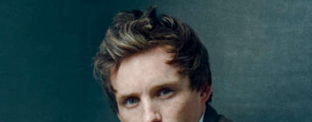 Eddie Redmayne es el enamorado de 'Cosette' y joven revolucionario, 'Marius'.