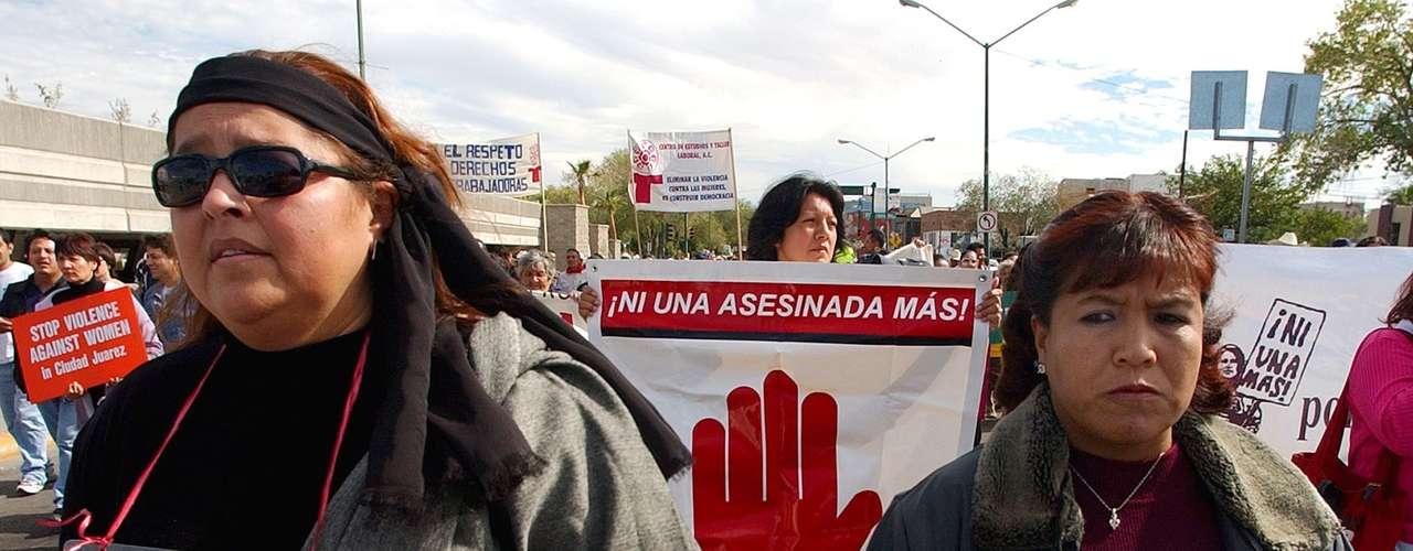 Según datos oficiales, desde 1993 hasta la fecha las autoridades han localizado a más de un millar de mujeres reportadas como desaparecidas y aún permanecen abiertos unos 155 casos.