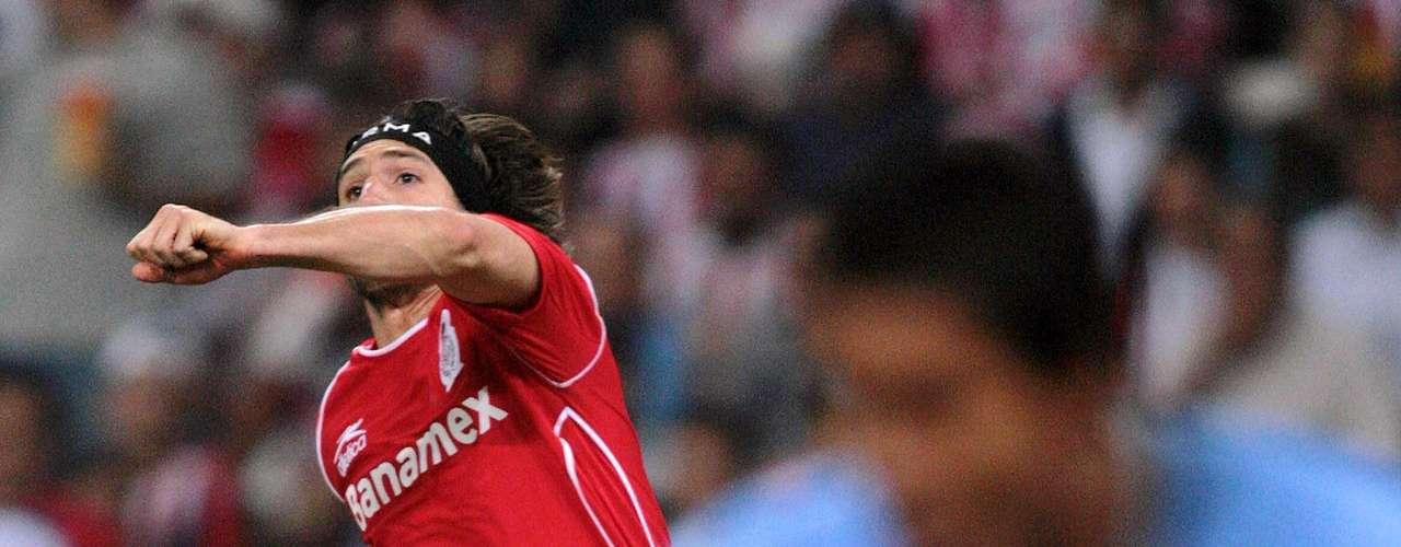 El último duelo en Liguilla entre Chivas y Toluca fue en la Final del torneo Apertura 2006. En la Ida empataron 1-1 con goles de Omar Bravo y Bruno Marioni.