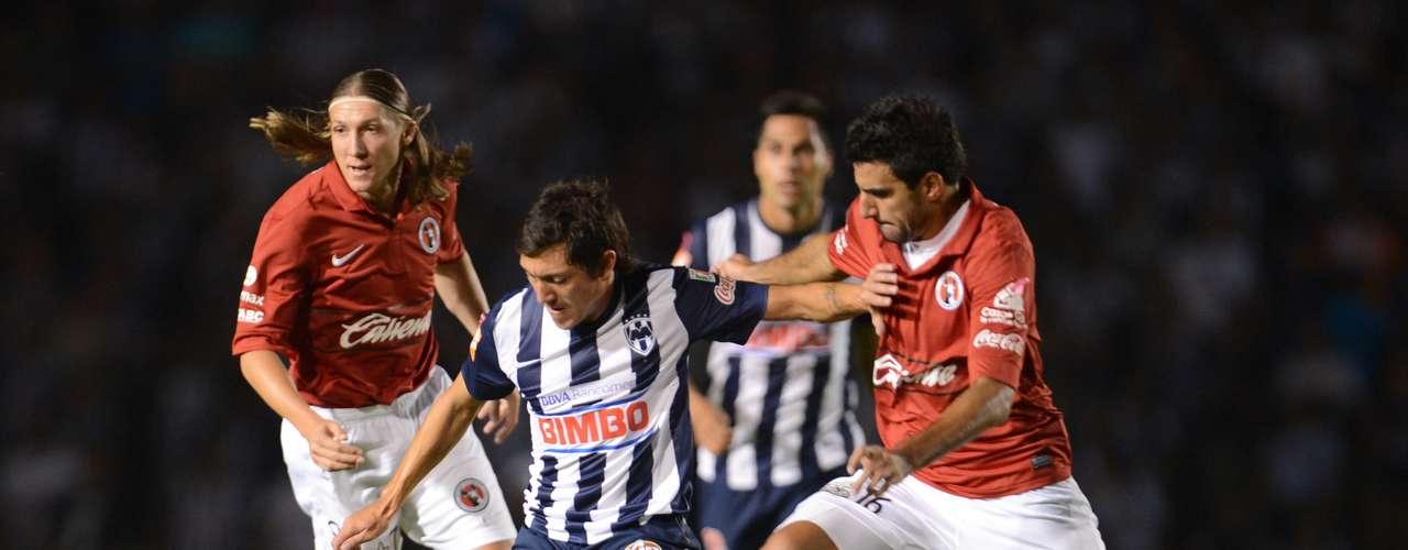 Tijuana enfrenta a Rayados en un duelo de auténtica revancha luego de que Monterrey echó a Xolos en Cuartos de Final del torneo anterior, el Clausura 2012, con un intenso 4-3 que mató las aspiraciones de un equipo que llegó a Primera División para ser un animador del futbol mexicano. En el duelo de temporada regular del Apertura 2012 empataron 1-1 con anotación de Joshua Ábrego y autogol de Duvier Riascos.