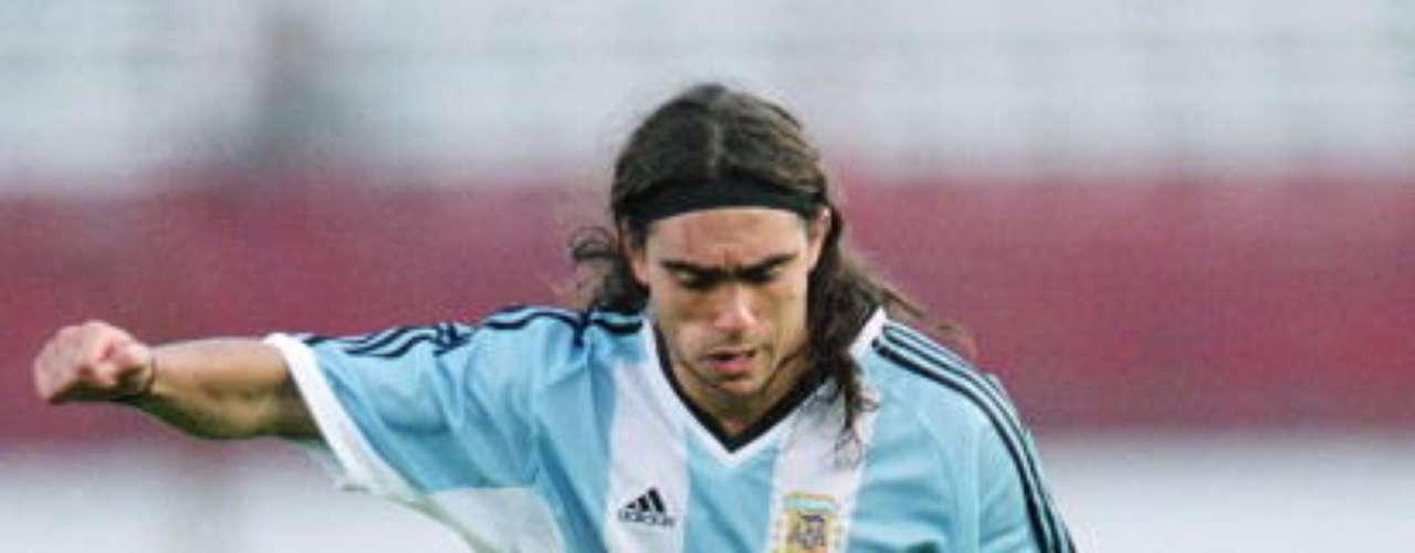 Juan Pablo Sorín dominó dicha demarcación en la selección \