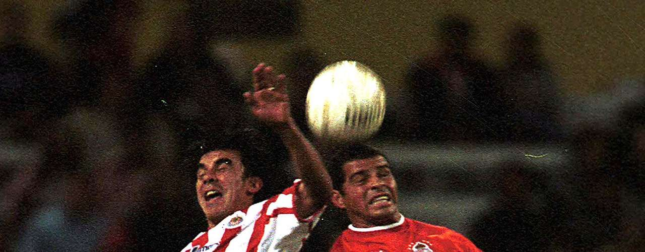 No pasó mucho tiempo para que Chivas y Diablos se volvieran a encontrar y fue en los Cuartos de Final del torneo Invierno 2001, en la Ida empataron 1-1 en el estadio Jalisco, con goles de Jair García y Carlos María Morales.