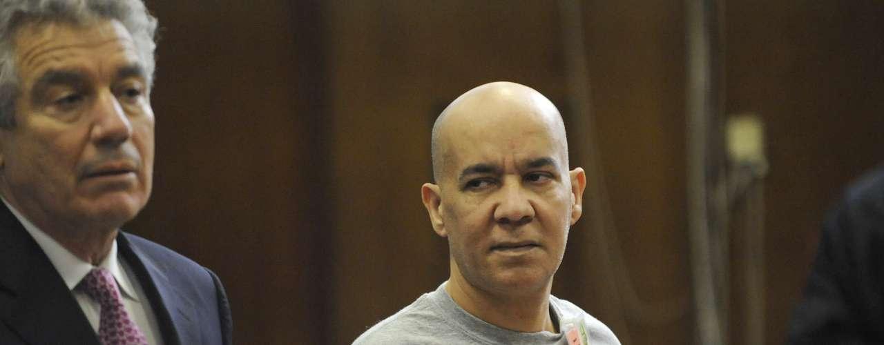 Hernández, era un empleado de construcción, pero abandonó ese trabajo para desempeñarse como encargado de una tienda de misceláneos  y meses después del crimen de Patz se mudó de su residencia en  SoHo al estado de Nueva Jersey.