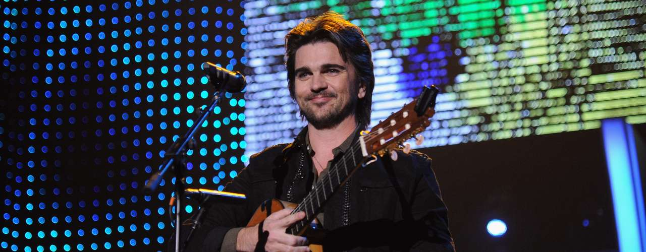 Juanes interpreted \
