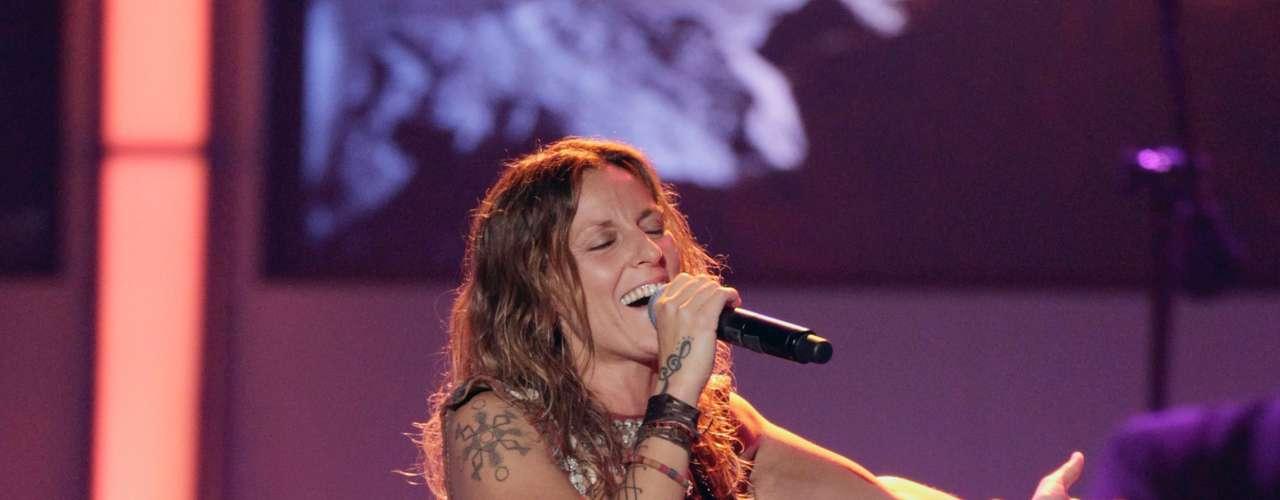 La Mari, otra de las artistas que se presento a esta celebración con fuerte acento brasileño.