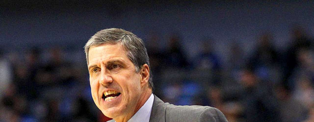 Wizards vs. Mavericks: Randy Wittman, coach de Wizards, reclama una falta marcada por los árbitros. Dallas sufrió para mantener la ventaja y vencer 107-101 ante Washington en el American Airlines Center.